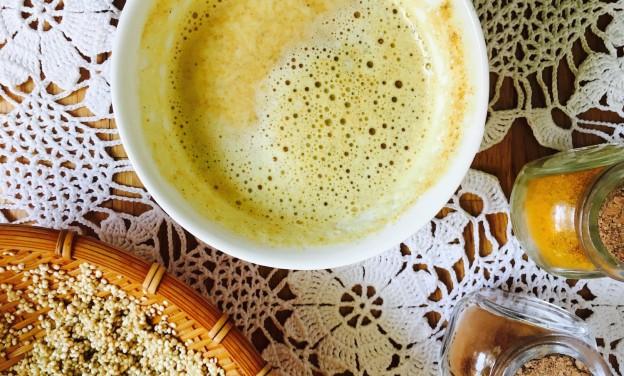 mlieko z quinoi, kurkumy a škorice